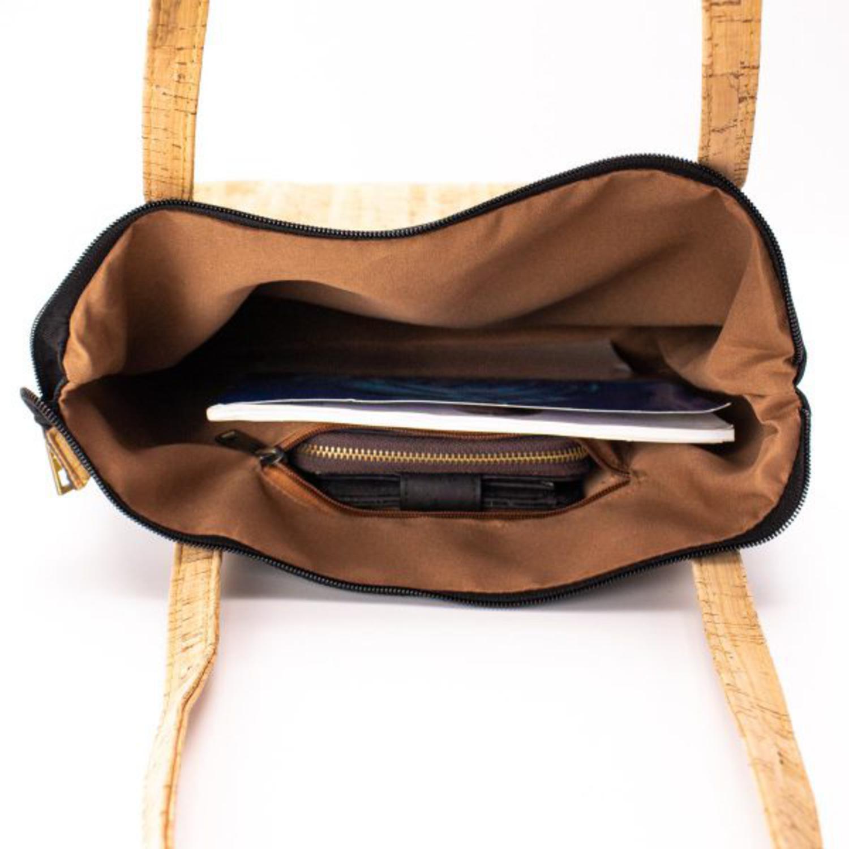 Lahka ženska torbica iz plute