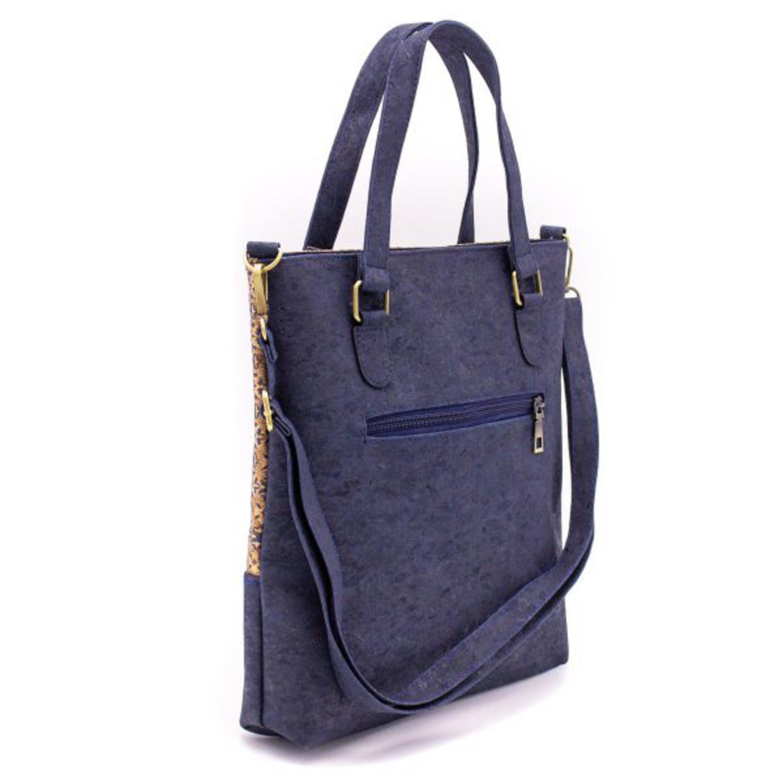 Ročna torbica z vzorci in žepi iz plute